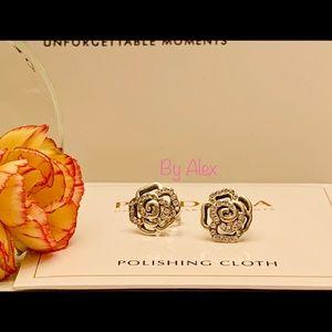 Pandora Shimmering rose flower earrings